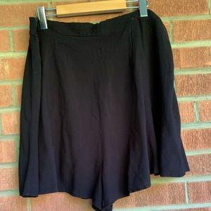 LIGHTWEIGHT flutter shorts